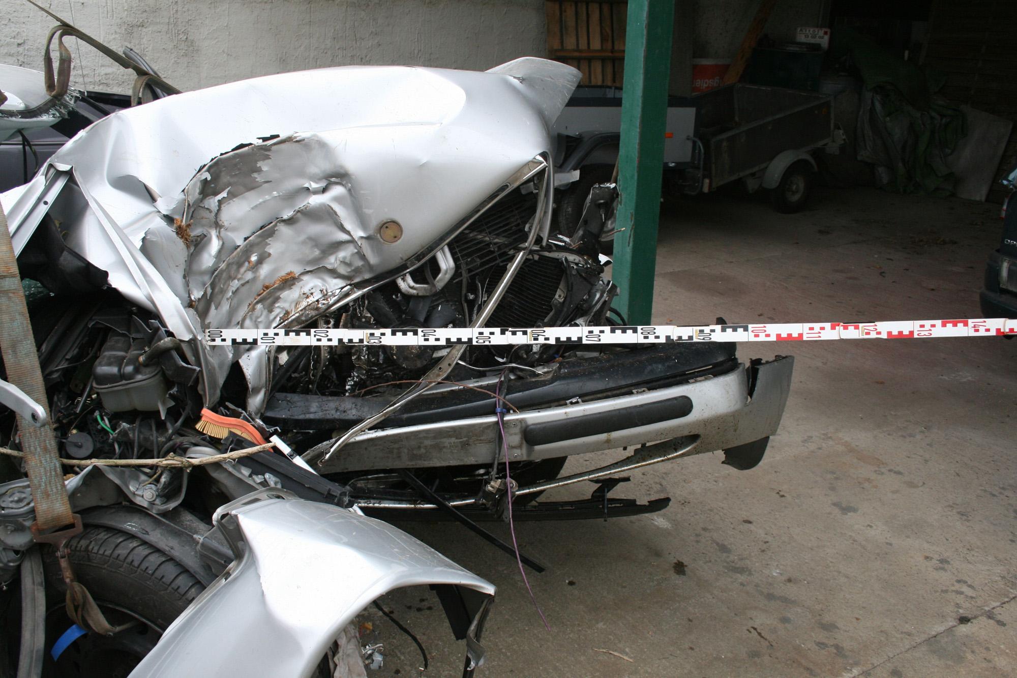 Ausgezeichnet Unfallrekonstruktion Fotos - Elektrische Schaltplan ...